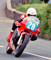 sn2211060102steve_hislop_on_way_to_his_first_tt_win